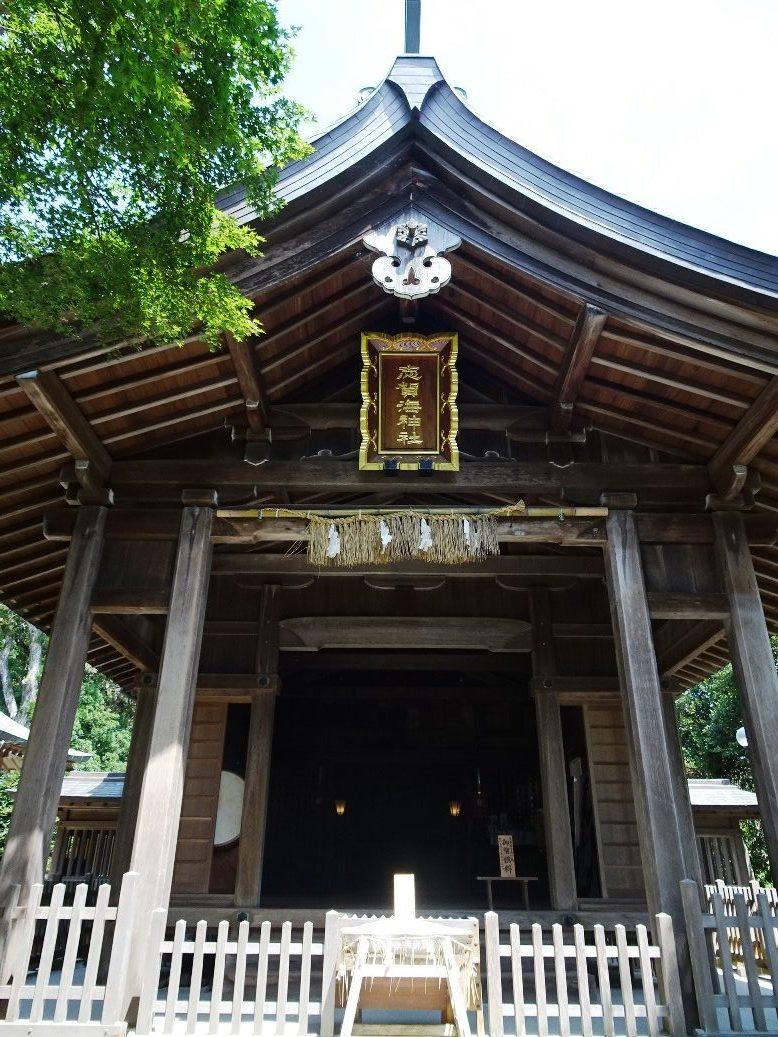 志賀海神社拝殿の前にも御潮井