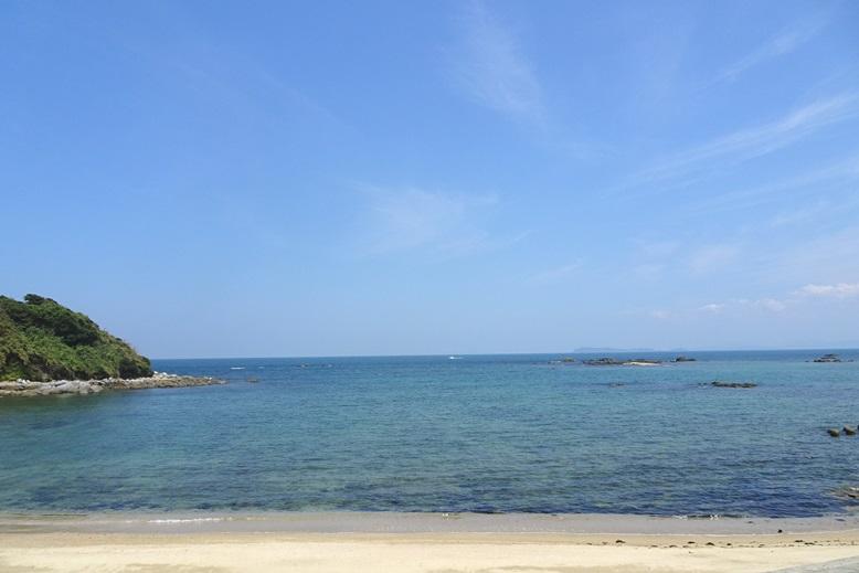 志賀島から見える相島
