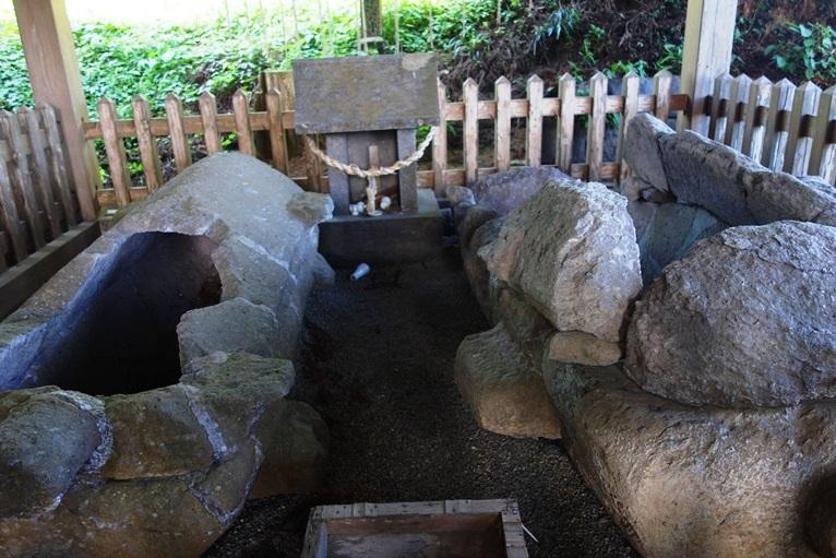 臼塚古墳の石棺