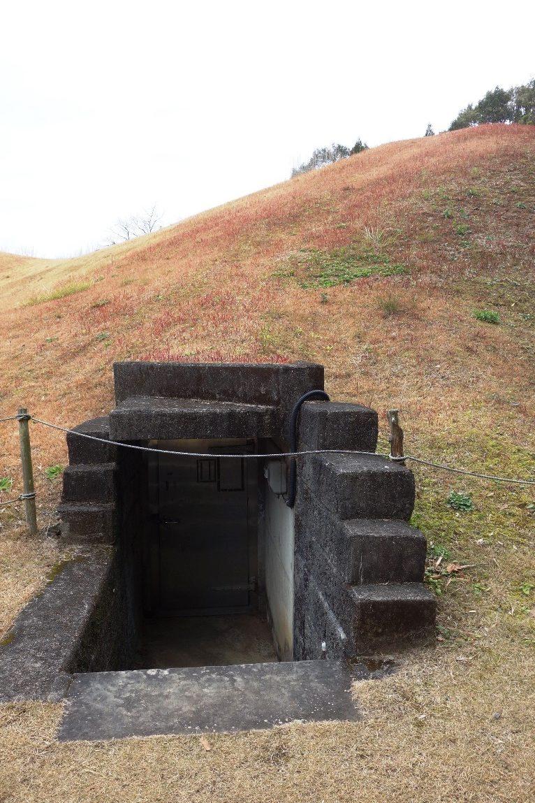 石室への入口