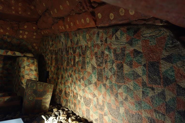 王塚古墳石室の靱の絵