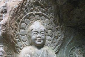 瑞山三尊摩崖仏(百済の微笑み)