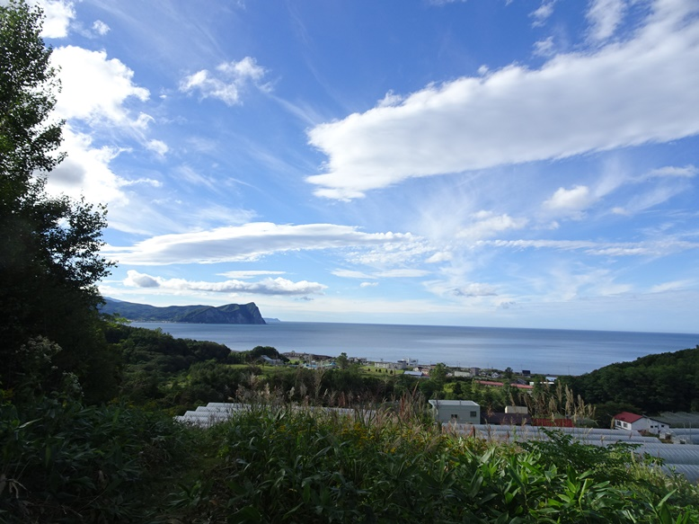 西崎山環状列石からの小樽湾の眺め